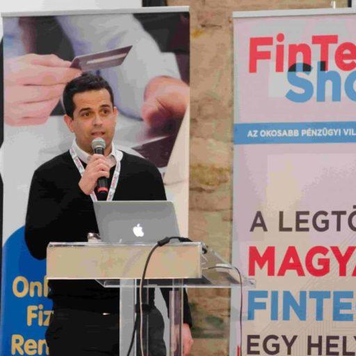 Így csinált a magyar csapat a számviteli jelentéskészítőből hiteltermék ajánlót