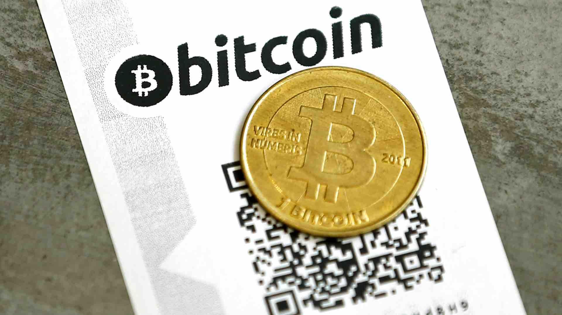 mikor kezdődik a bitcoin arany kereskedelem)
