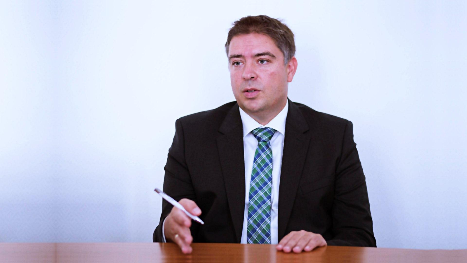 azonnali fizetesi rendszer Selmeczi-Kovacs-Zsolt