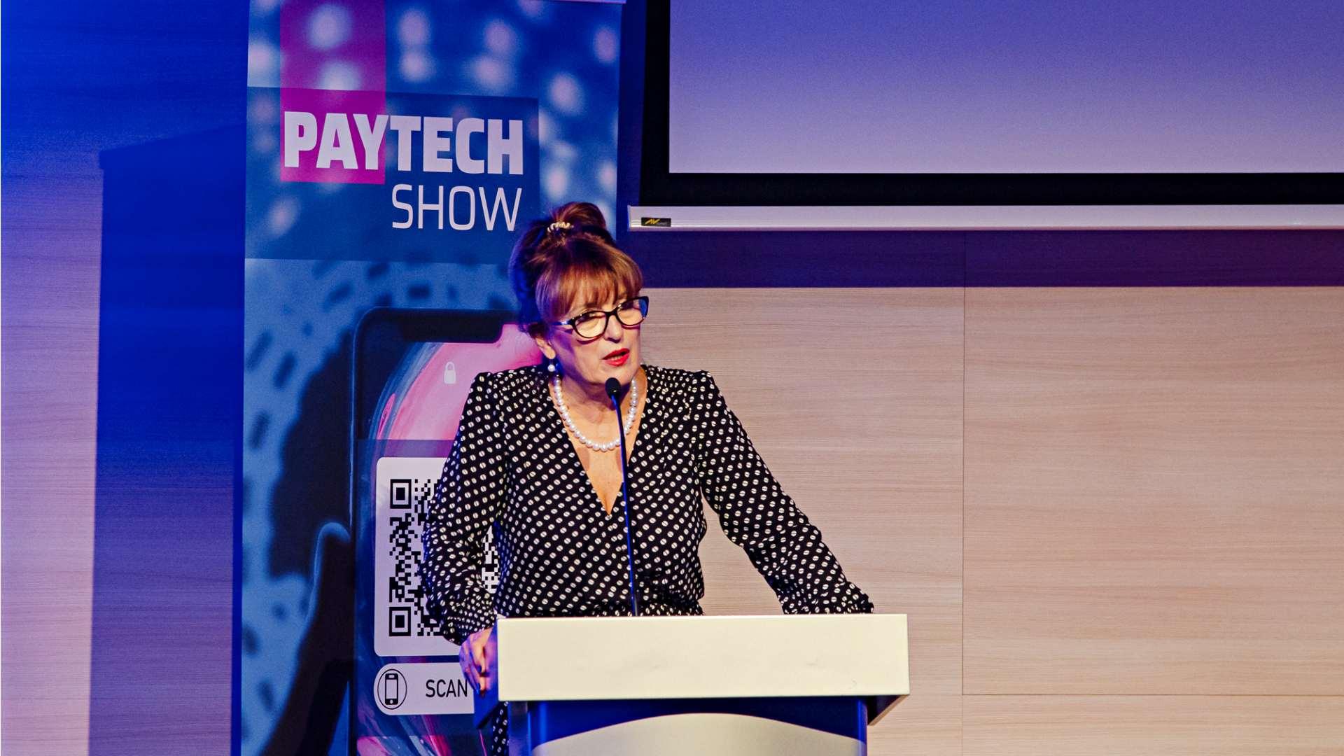 paytechshow granit bank hegedus eva