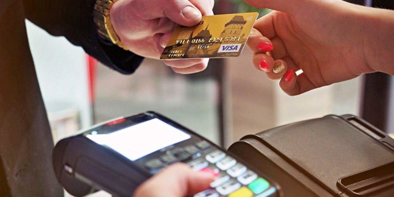 Ne nyomkodd annyit! 15 ezer forint lehet az érintéses bankkártyás fizetés új értékhatára