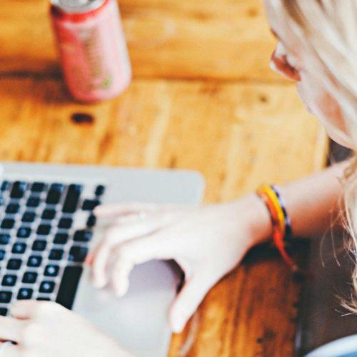 Digitális Jólét Program: 7 javaslat a pénzügyeink távoli, elektronikus intézéséhez