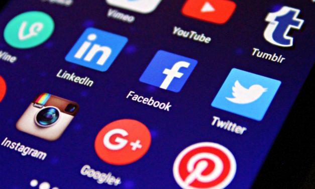 Mennyire veszélyes a Google, Facebook Apple a bankokra? Ki, mit nyer az adaton?