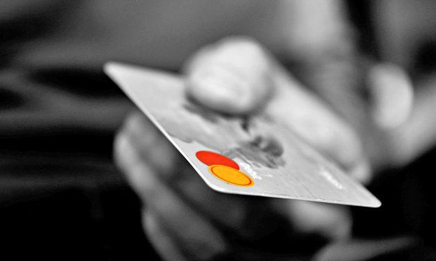 Rekord alacsony szinten a bankkártyát nem használók aránya Magyarországon