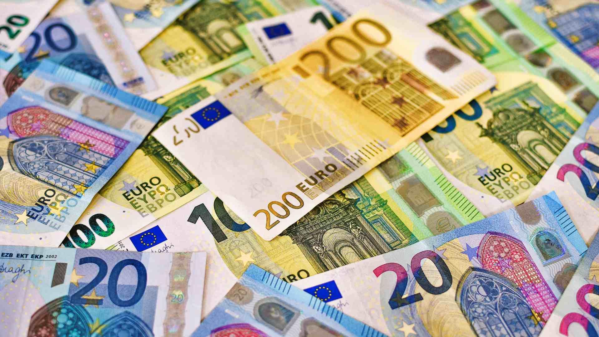 kozossegi-finanszirozas-crowdfunding-eu-szabalyozas-mnb