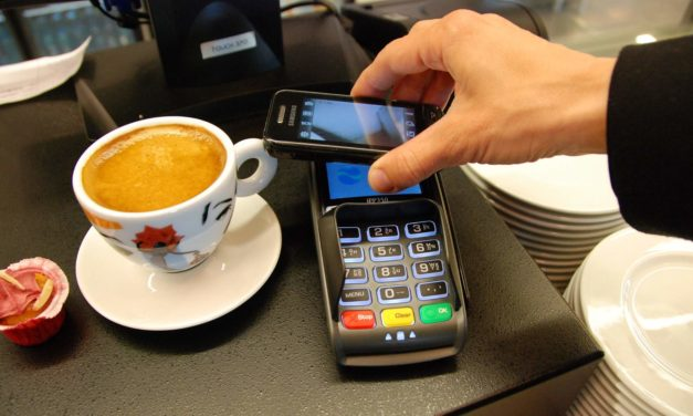 1 millió bankkártya lehet a mobiltárcákban Magyarországon